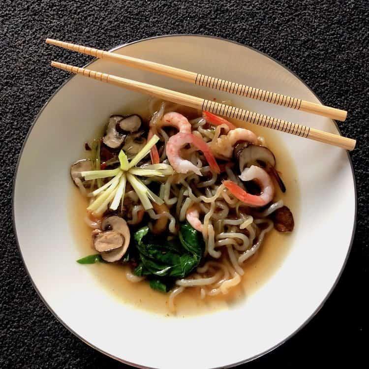 LowCarb nudel soppa